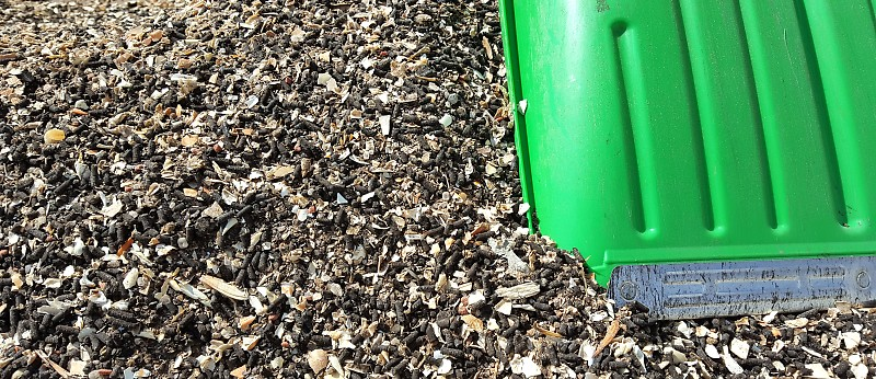 独自ブレンドの有機質肥料
